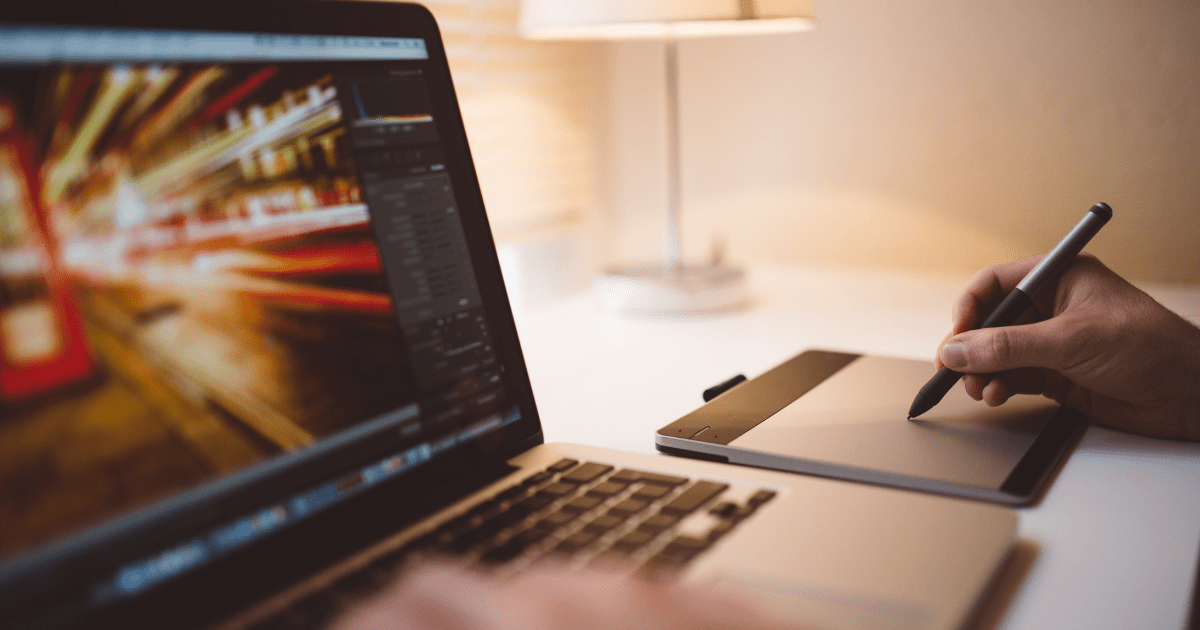 Should You Hire A Freelancer or a Professional Photo Editing Services Provider?